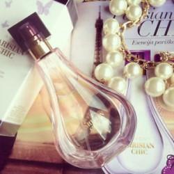 Avon Parisian Chic Bayan Parfüm